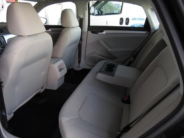 2017 Volkswagen Passat 1.8T S – Stock #V1701540