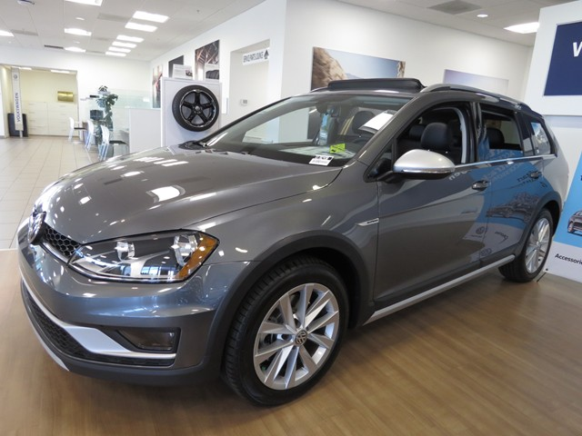 2017 Volkswagen Golf Alltrack TSI SE 4Motion – Stock #V1702490