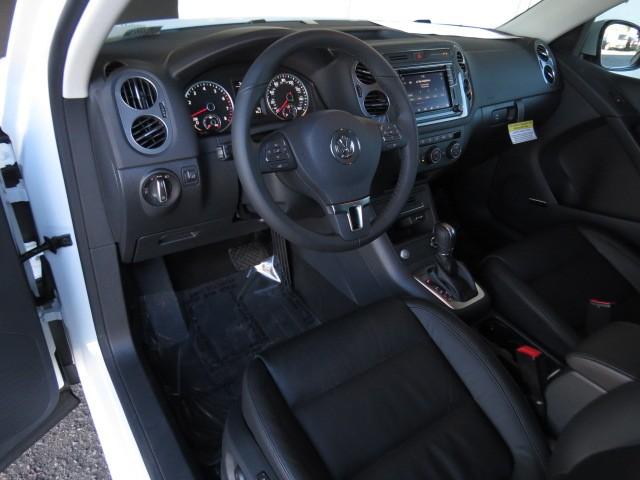 2017 Volkswagen Tiguan 2.0T SEL 4Motion – Stock #V1702620