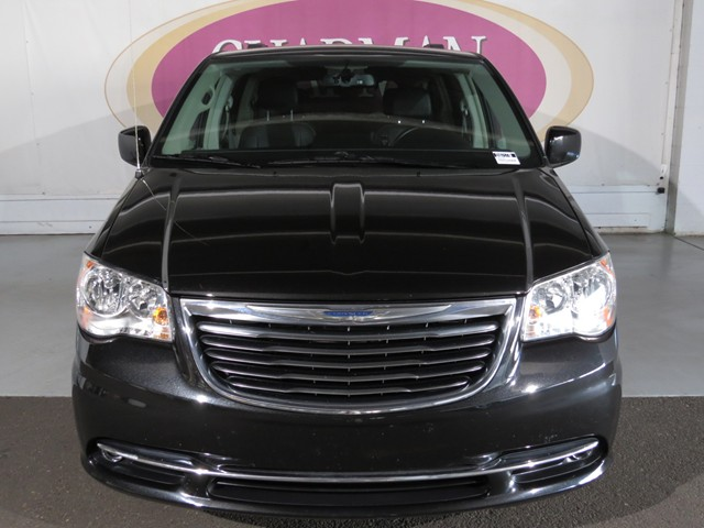 2016 Chrysler Town and Country Touring – Stock #V1770490