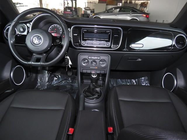 2013 Volkswagen Beetle 2.5L PZEV – Stock #V1802780A