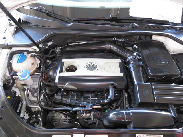 2013 Volkswagen Eos Executive SULEV