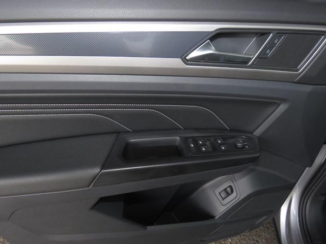 2020 Volkswagen Atlas Cross Sport V6 SEL 4Motion