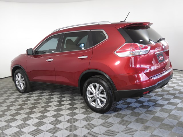 Used 2015 Nissan Rogue SV