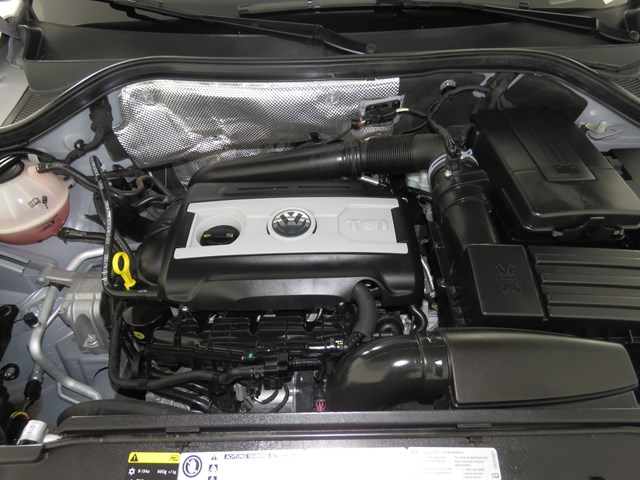 Used 2016 Volkswagen Tiguan 2.0T SE