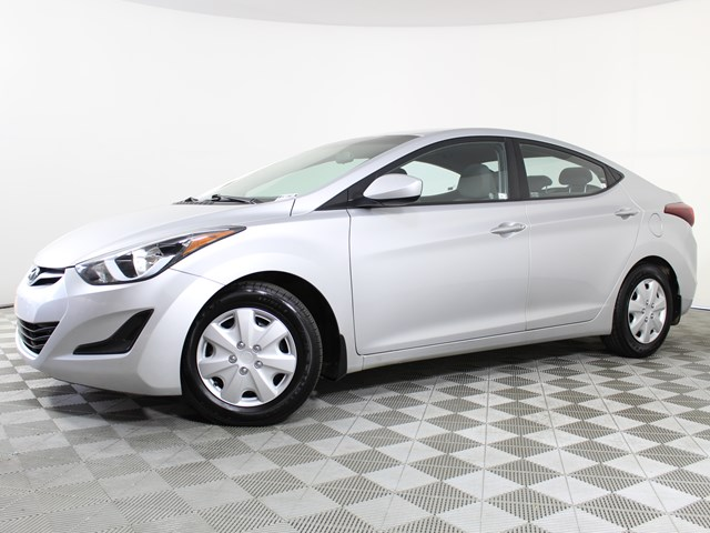 Used 2016 Hyundai Elantra SE