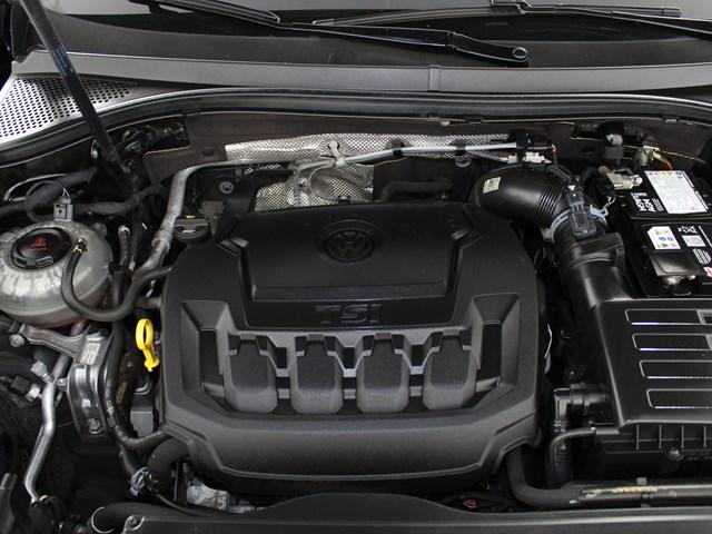 Certified Pre-Owned 2018 Volkswagen Tiguan 2.0T SE 4Motion