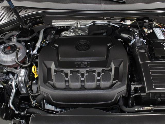 Certified Pre-Owned 2018 Volkswagen Tiguan 2.0T SE