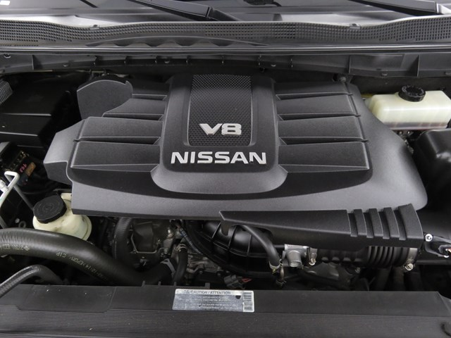 2018 Nissan Titan SV Crew Cab