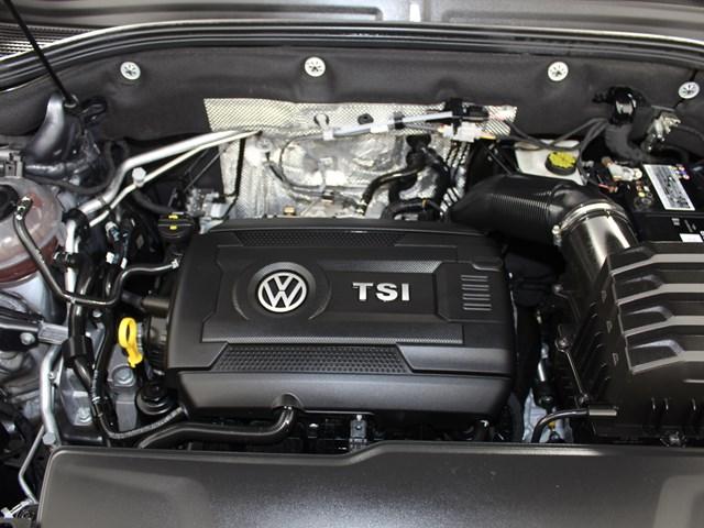 2020 Volkswagen Atlas Cross Sport 2.0T SE