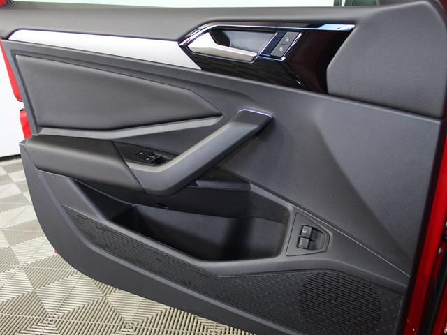 2021 Volkswagen Jetta Sedan 1.4T R-Line 8A