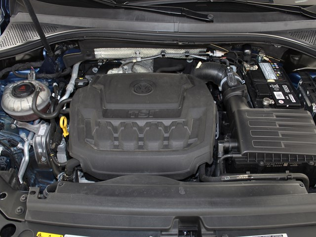 Certified Pre-Owned 2018 Volkswagen Tiguan 2.0T SEL Premium 4Motion