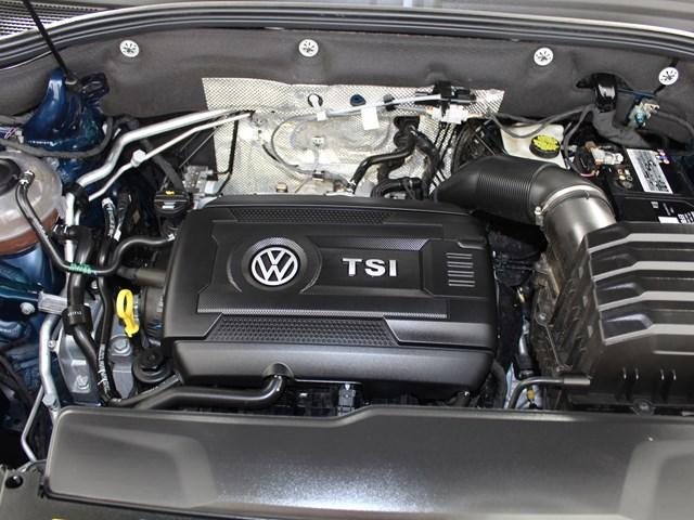 2020 Volkswagen Atlas Cross Sport 2.0T SE Tech