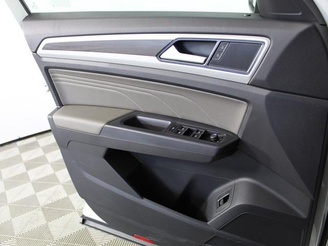 2021 Volkswagen Atlas V6 SE 4Motion Technology (2021.5)