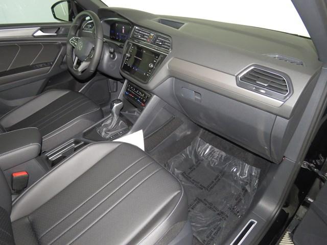 2022 Volkswagen Tiguan 2.0T SE R-Line Black