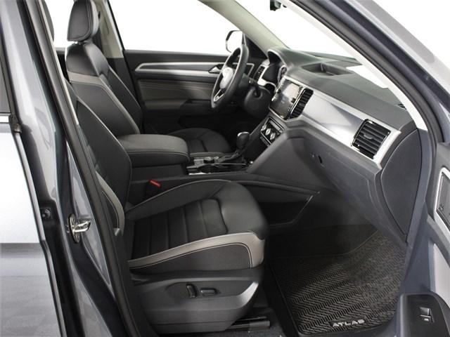 2021 Volkswagen Atlas V6 SEL Premium R-Line 4Motion (2021.5)