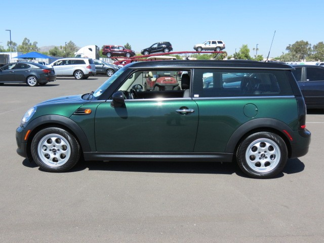 used 2014 mini cooper clubman for sale at chapman mazda. Black Bedroom Furniture Sets. Home Design Ideas