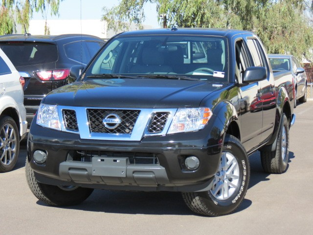 used 2016 nissan frontier sv crew cab phoenix az stock 70070 chapman chevy. Black Bedroom Furniture Sets. Home Design Ideas