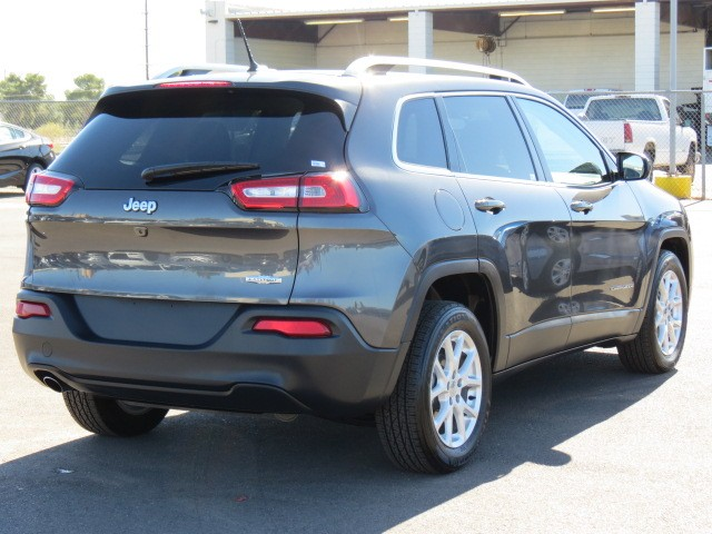 used 2016 jeep cherokee latitude phoenix az for sale at stock 70222. Black Bedroom Furniture Sets. Home Design Ideas