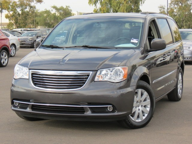 used 2015 chrysler town and country touring phoenix az stock 70319 chapman chevy. Black Bedroom Furniture Sets. Home Design Ideas