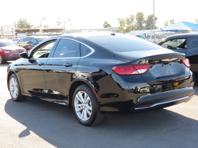 used 2015 chrysler 200 limited phoenix az stock 70516 chapman chevy. Black Bedroom Furniture Sets. Home Design Ideas
