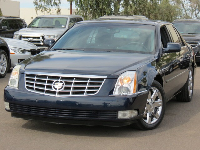used 2006 cadillac dts luxury i for sale stock 71168 chapman dodge chrysler jeep ram. Black Bedroom Furniture Sets. Home Design Ideas