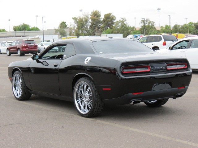 used 2016 dodge challenger sxt for sale stock 71438 chapman chrysler jeep. Black Bedroom Furniture Sets. Home Design Ideas