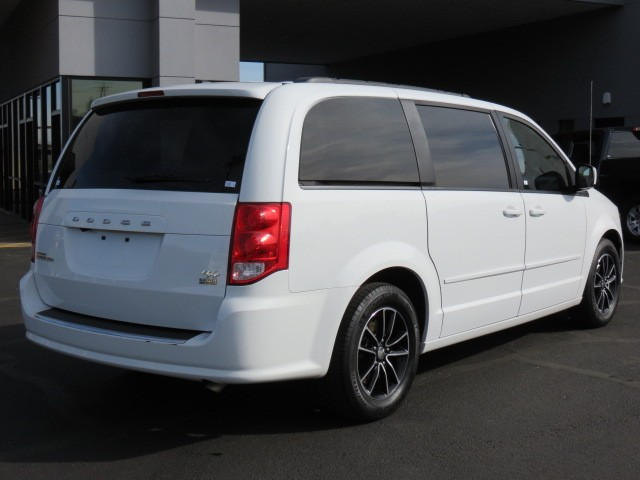 used 2016 dodge grand caravan r t for sale stock 75692 chapman dodge chrysler jeep ram. Black Bedroom Furniture Sets. Home Design Ideas