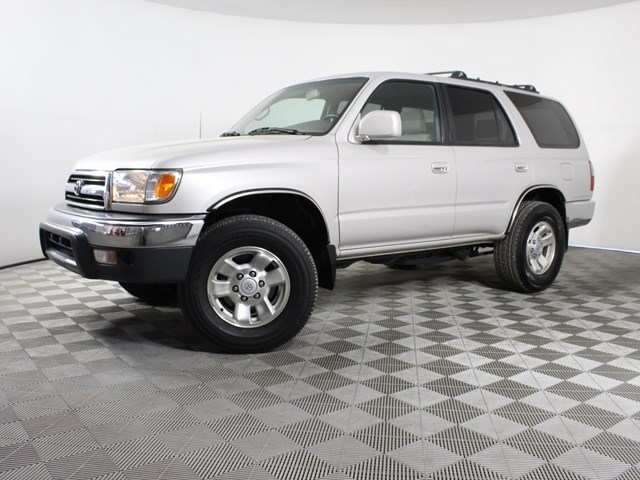 used 2000 Toyota 4Runner car, priced at $10,990