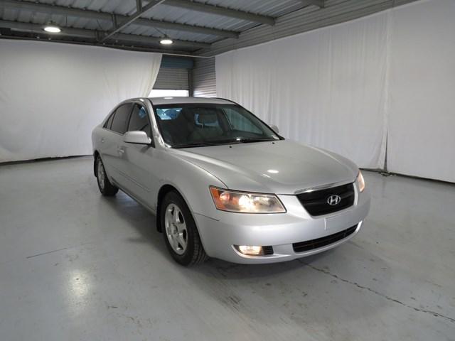 used 2006 Hyundai Sonata car, priced at $8,775