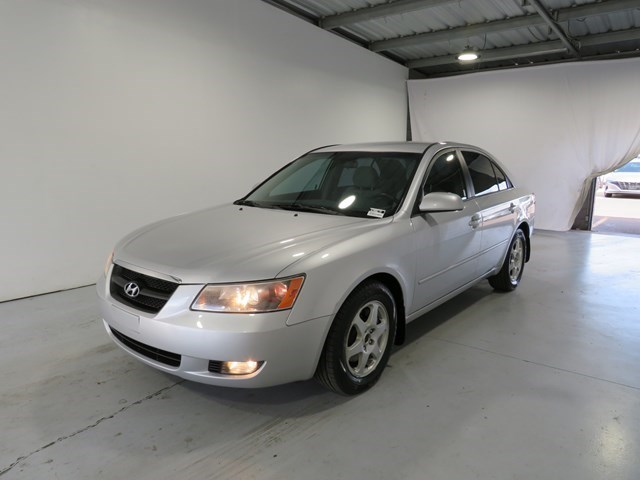 used 2006 Hyundai Sonata car, priced at $5,495