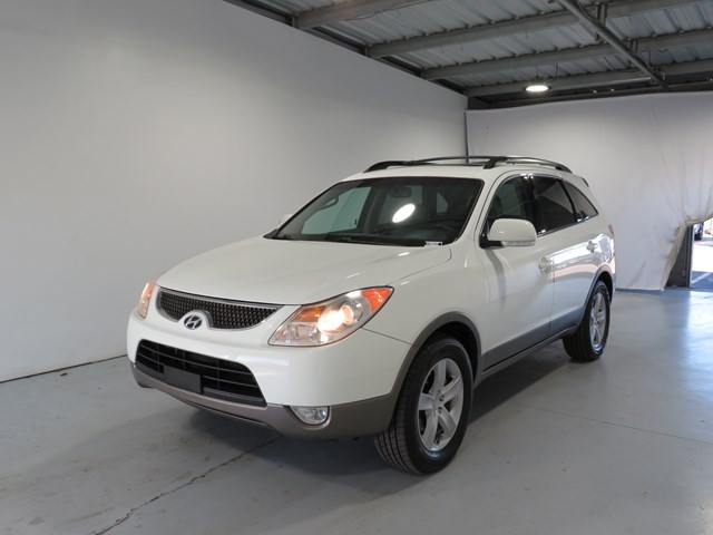 used 2008 Hyundai Veracruz car, priced at $3,995