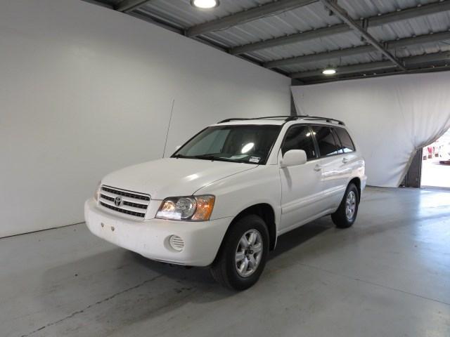 used 2001 Toyota Highlander car, priced at $4,997
