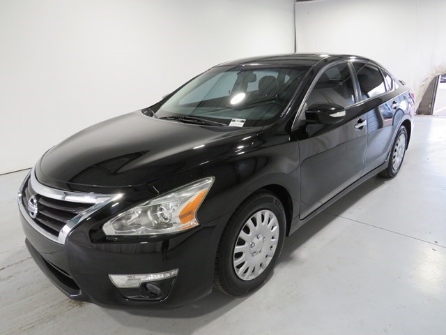 used 2014 Nissan Altima car, priced at $12,263