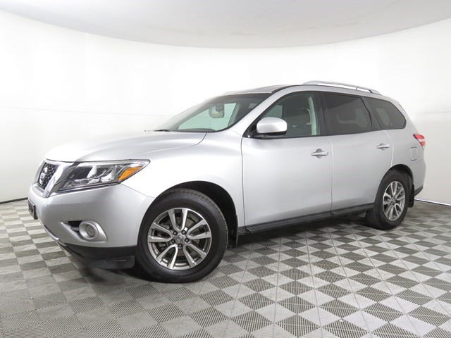 used 2014 Nissan Pathfinder car, priced at $15,439