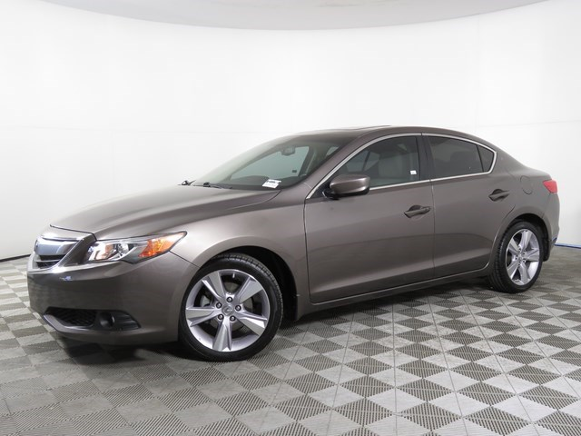 used 2015 Acura ILX car, priced at $15,660