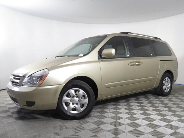 used 2009 Kia Sedona car, priced at $6,691