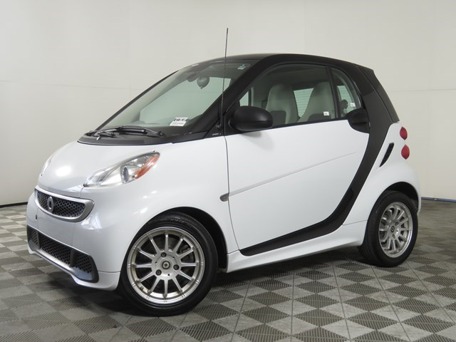 used 2013 smart ForTwo car, priced at $5,740