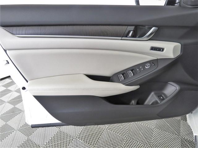 new 2020 Honda Accord Sedan car, priced at $31,525